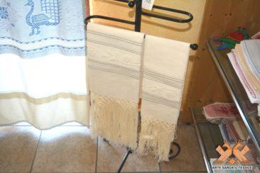 asciugamano limo fine disegno rosellina con frange lavorate