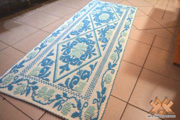 tappeto semipieno disegno pistoccu 2 colori con rose a bordo