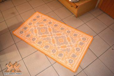 tappeto pistoccu con bordo 2 colori